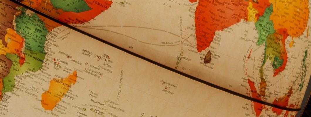 Explorers' routes on Antique globes