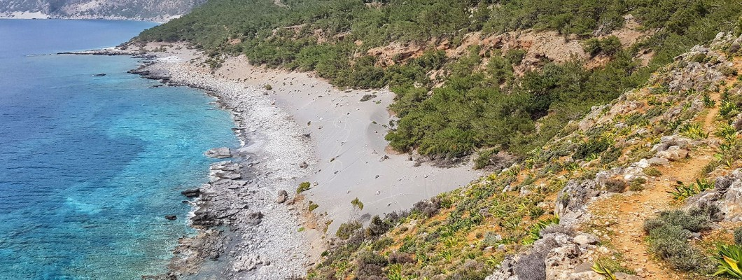 Walking and Hiking through the cretan landscapes: the best day hikes