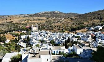 Hiking in Paros, the area around Lefkes