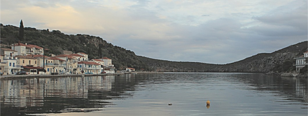 Touring in Limani (Port) Geraka - Zarax